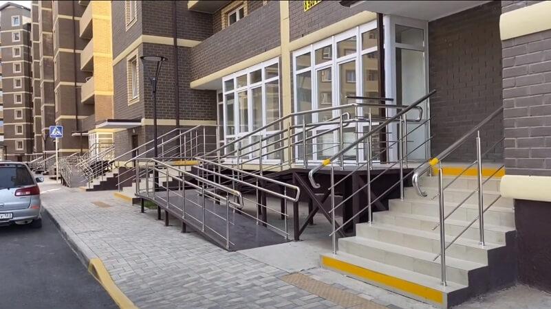 Первые этажи и коммерция ЖК Дыхание