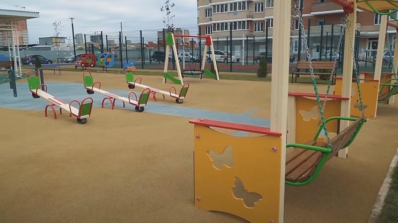 Фото детская площадка ЖК Мелодия в Кранодаре